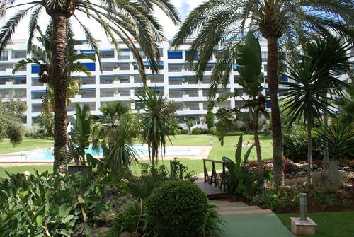 Jardines del puerto resort en puerto ban s for Jardines del puerto puerto banus